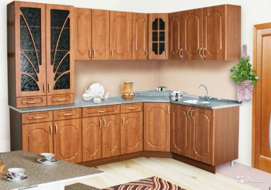 Продается кухонный гарнитур Бари.из пластика в кромке ПВХРазмеры: 2400 * 2700 ммВсю более